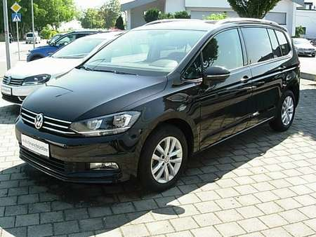 VW Touran Aut. transm. - 7 seater
